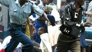 UE agrava sanções ao Zimbabwe