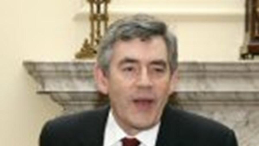 O primeiro-ministro britânico, Gordon Brown, apelou à libertação imediata dos reféns
