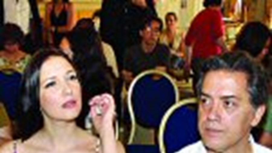 Soraia Chaves ao lado de Diogo Morgado e Virgílio Castelo na apresentação de 'A Vida Privada de Salazar'