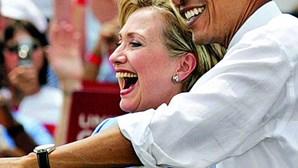 Hillary regressa na Convenção