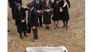 Despedida no cemitério