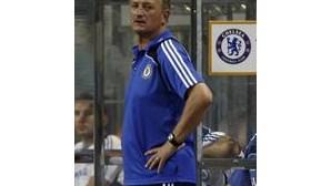 Chelsea goleia na estreia de Scolari