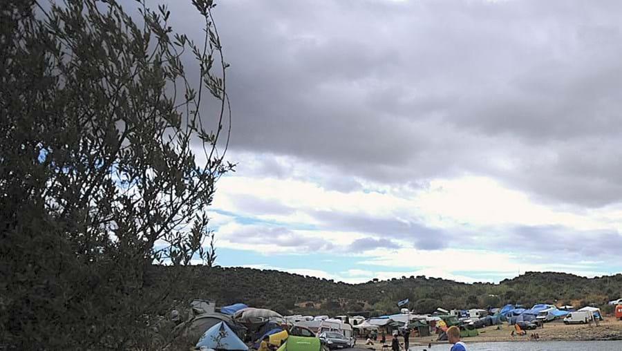 Cerca de oito mil pessoas estão acampadas na barragem de Idanha porque não têm bilhete para o certame