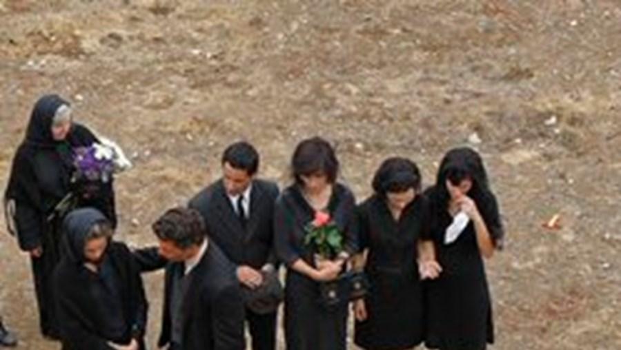 Funeral da irmã de 'Amália' foi filmado ontem no Alto de S. João, em Lisboa