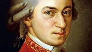 Descoberta partitura inédita de Mozart