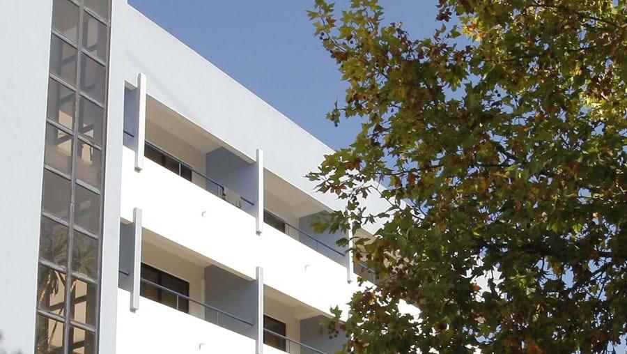 Trio armado ataca Hotel Orion