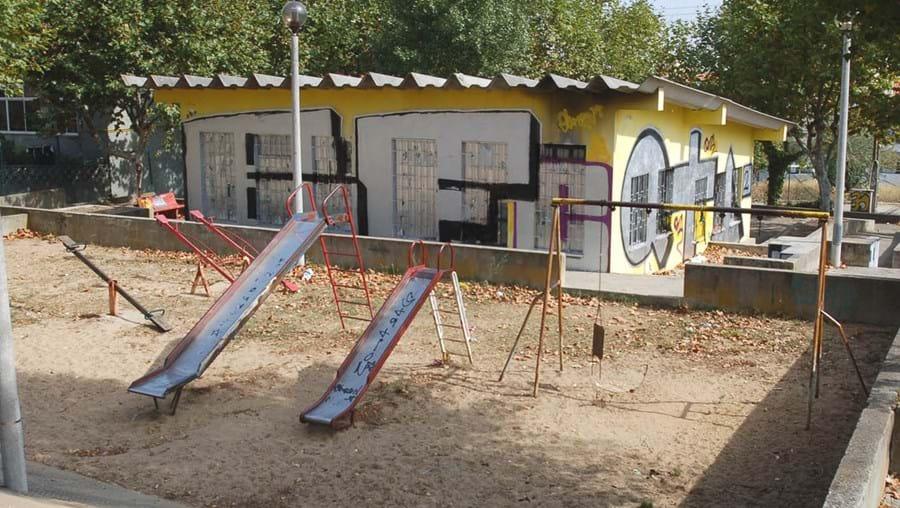 Parque ao abandono em S. João da Talha