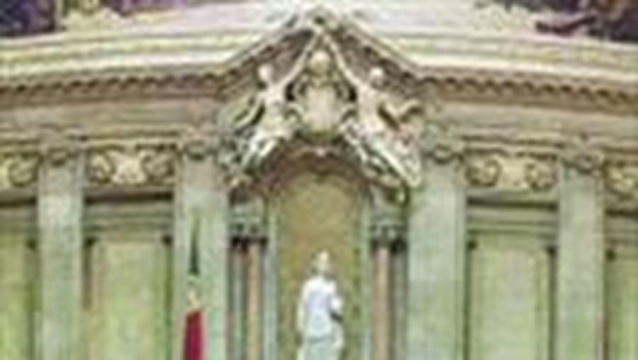 A suspensão da avaliação foi chumabada no Parlamento