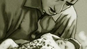 Mãe esfaqueia bebé de um mês
