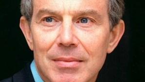 Tony Blair pede apoio de Washington