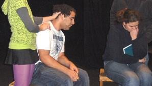 Violência nas escolas retratada em 'Bullying'