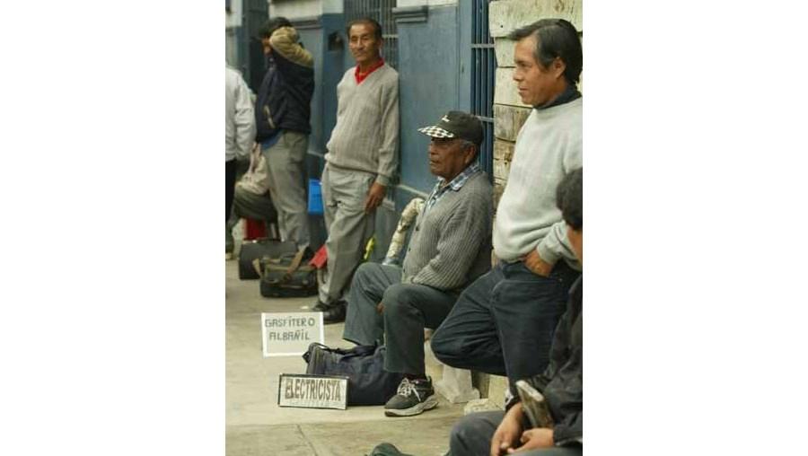 Mais de 3 milhões de desempregados