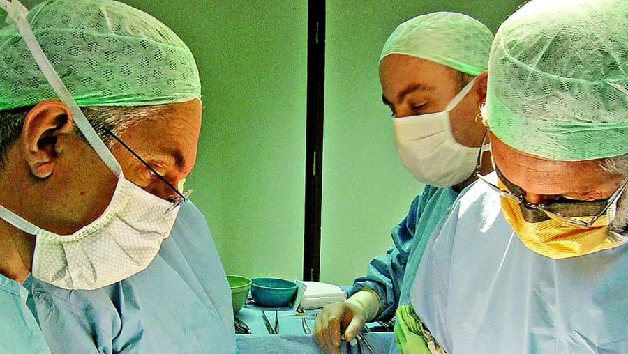 Nos hospitais existem bactérias que podem levar a infecções
