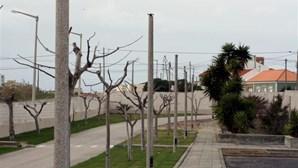 Centro de Saúde sem luz em Peniche