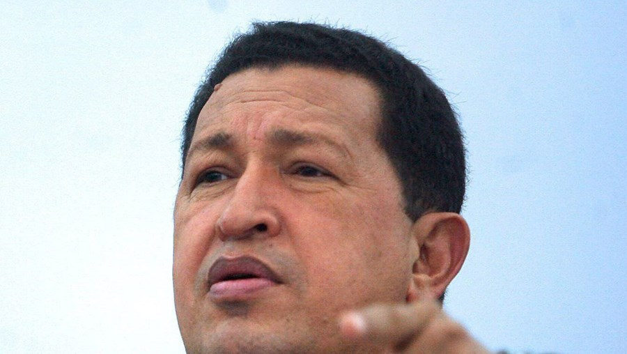 Chávez tenta prolongar o seu mandato presidencial