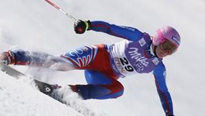 Três atletas disputam uma vaga no esqui alpino para estarem nos Jogos Olímpicos