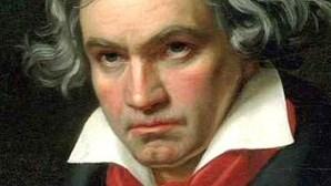 FIMA encerra com Ode a Napoleão e Beethoven
