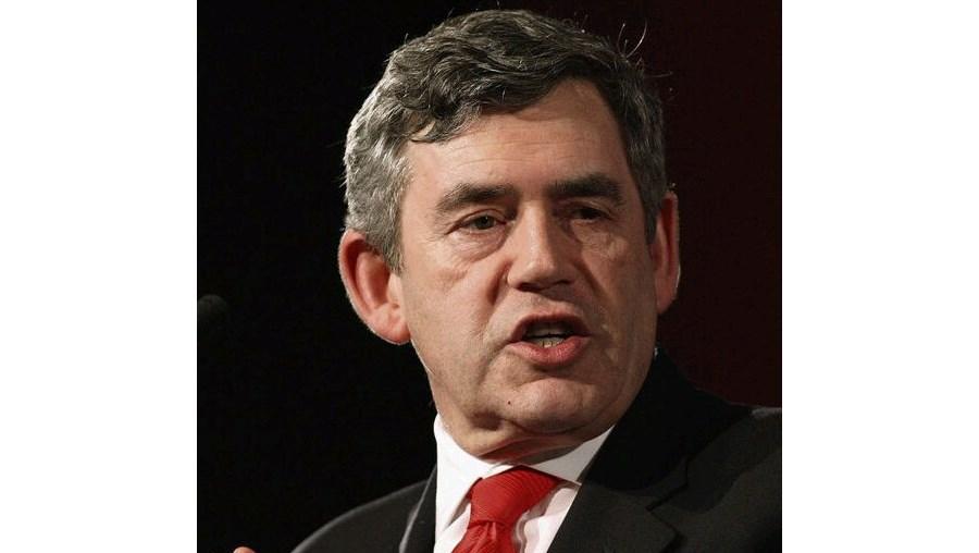 Gordon Brown rejeita eleições antecipadas