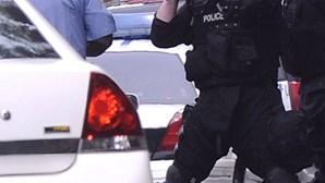 EUA: Tiroteio à porta do tribunal (ACTUALIZADA)