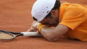 Frederico Gil  derrotado na relva de Wimbledon