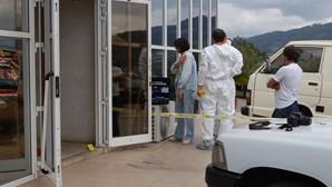 Assalto com explosivos destrói cofre e escritórios