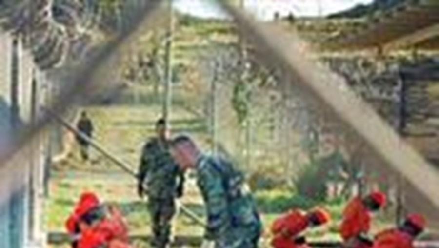 Negociações para acolher ex-detidos de Guantanamo