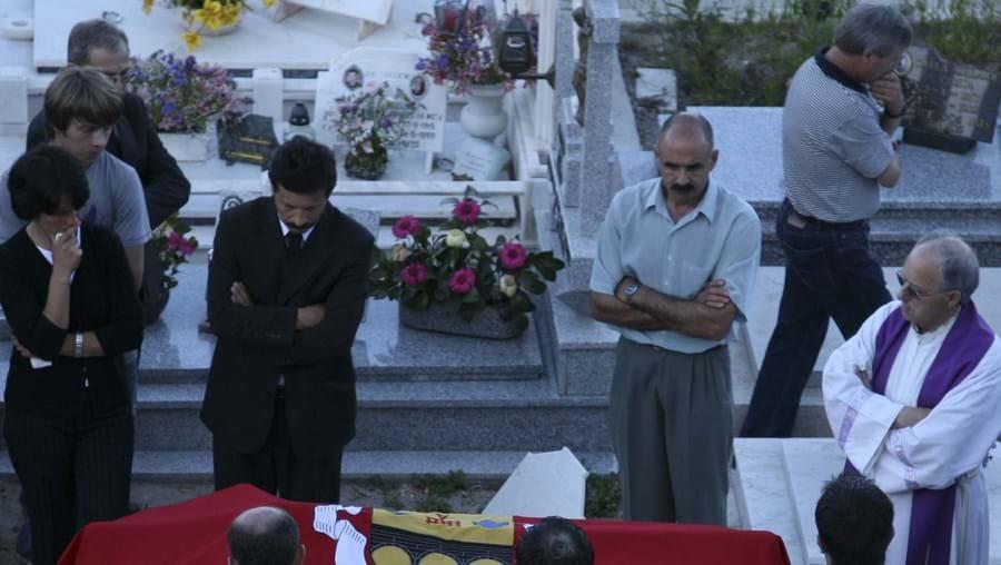 """António Castro, o """"senhor regedor"""", com 111 anos, foi ontem a enterrar no cemitério paroquial de Durrães"""