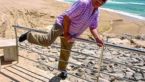 Deficientes sem acesso à praia