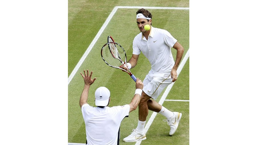 Nas semifinais, Roger Federer bateu o alemão Tommy Haas