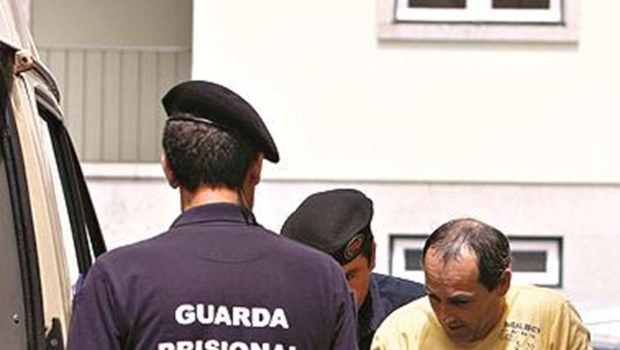 Carlos Alberto, à saída do tribunal