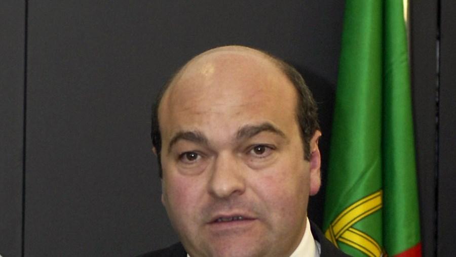 Hermínio Loureiro: Gripe A preocupa