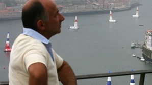 S. Pedro ameaça corrida de aviões (COM VÍDEO)