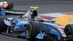 GP2: Hulkenberg vence em Portimão