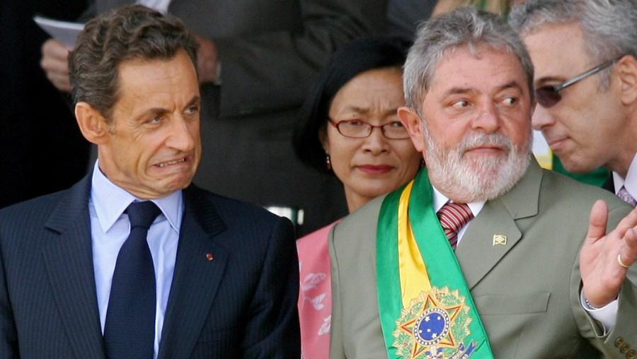 Sarkozy foi recebido por Lula da Silva