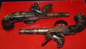 Resgatadas armas do Rei D.Pedro IV
