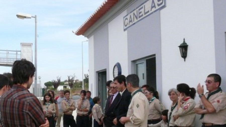 Estação viva em Canelas