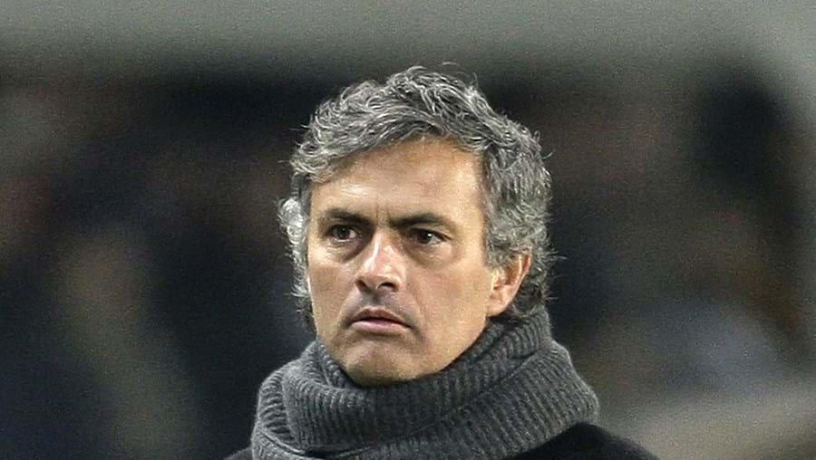 """Mourinho diz que defrontar o Chelsea """"é apenas mais um jogo"""""""