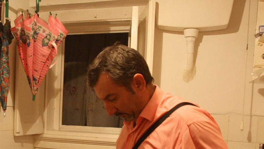 João Paulo Lourenço  perdeu a mãe (Rosa Pinto) e a filha (Iolanda) na mesma casa onde cresceu