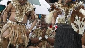 Jacob Zuma casa-se pela quinta vez