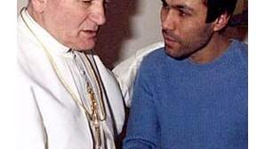Homem que tentou matar João Paulo II foi libertado