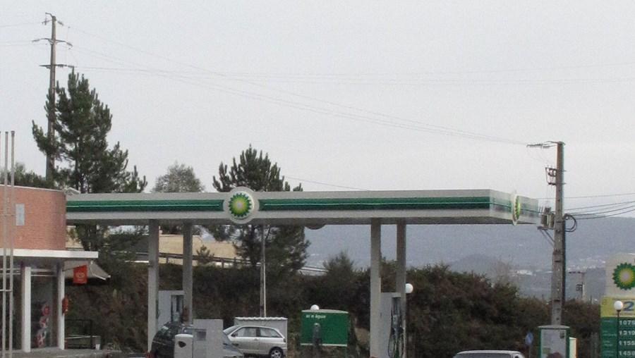 O roubo aconteceu na BP, situada na VIM, em Mogege, num local ermo e que à noite tem pouco visibilidade