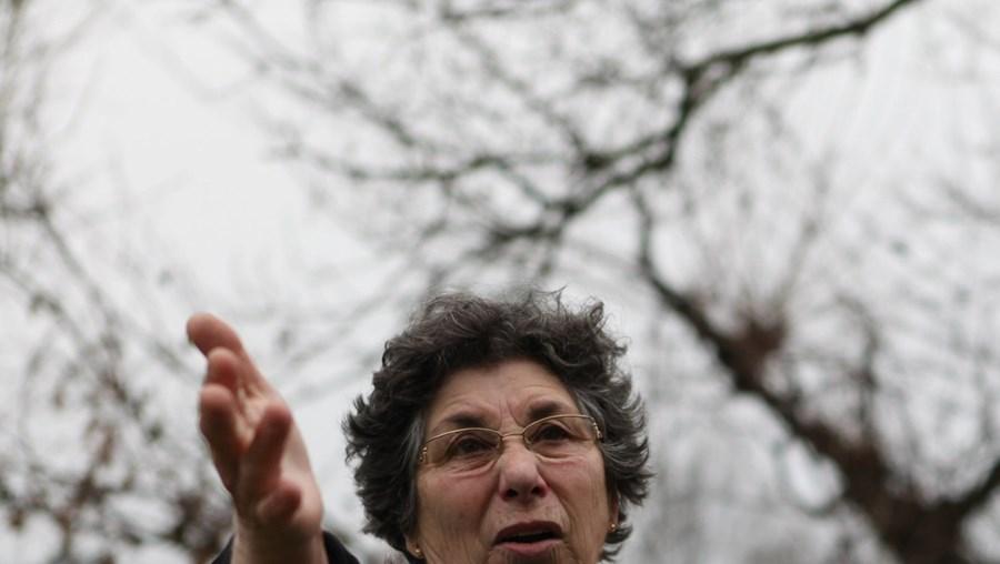 Maria Dores estava muito transtornada com a violência com que o marido foi agredido