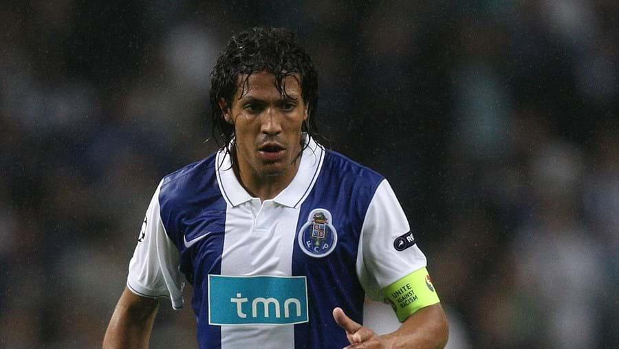O defesa do FC Porto, Bruno Alves
