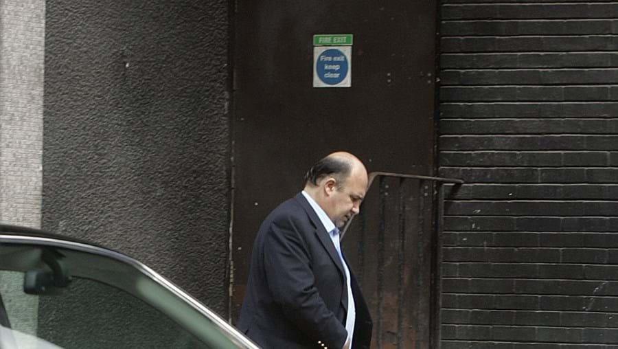 Vale Azevedo está a viver em Londres e contesta o pedido de extradição para Portugal