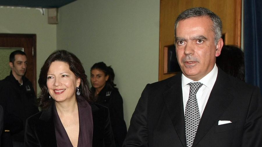 Ao lado da ministra da Cultura, Paulo Teixeira Pinto (à dir.) promoveu o seu novo e ambicioso projecto