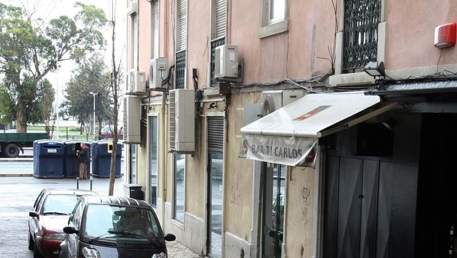Os tiros foram disparados nas escadas mesmo no exterior da discoteca Kremlin, em Lisboa