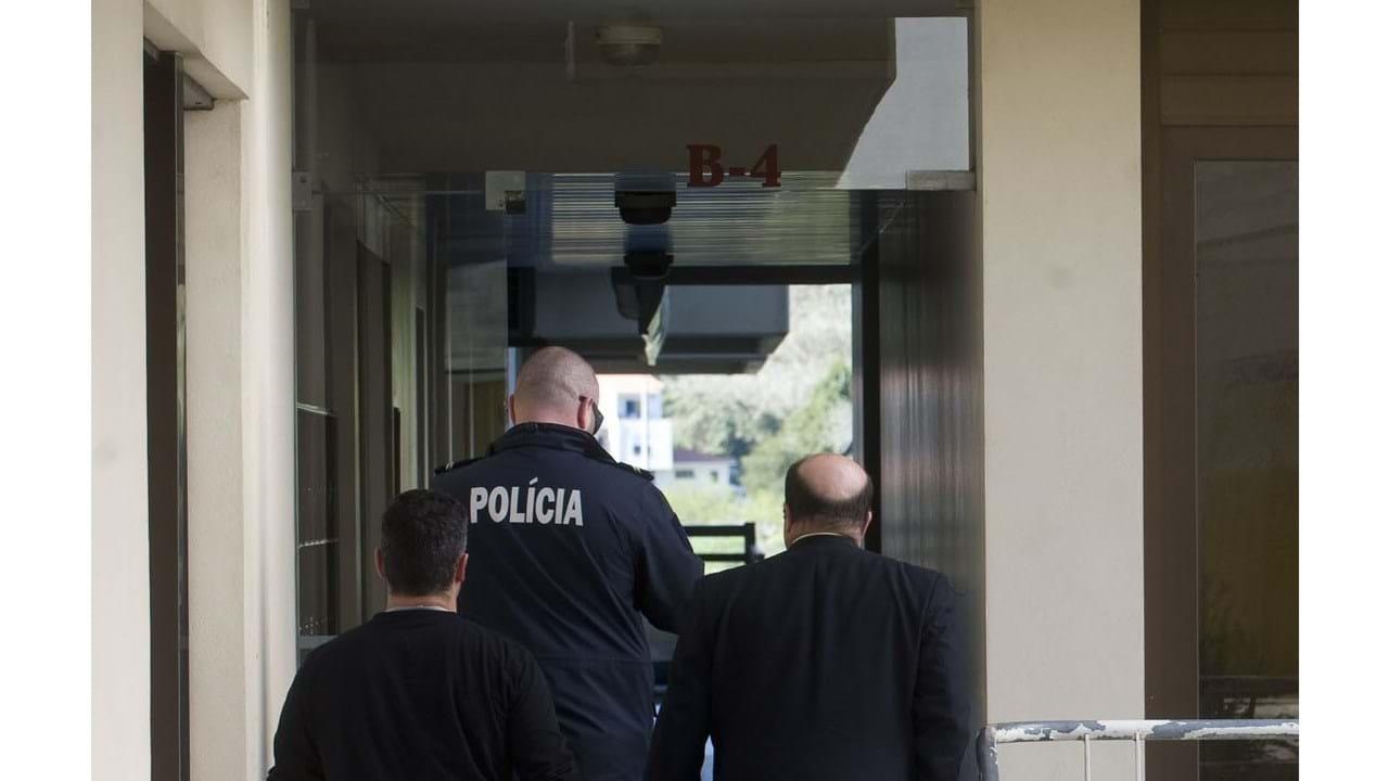 Pai suspeito de matar bebé à pancada Portugal Correio da