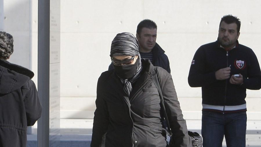Maria Paula Dias entrou e saiu ontem do tribunal sem prestar quaisquer declarações aos jornalistas