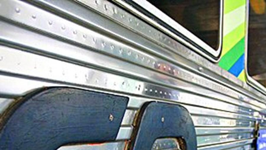 Greve dos revisores afectou milhares de passageiros