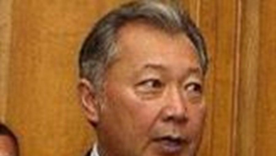 Kurmanbek Bakiev foi deposto da presidência do Quirguistão